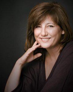 olga-viza-periodista-presentadora-speaker-thinking-heads