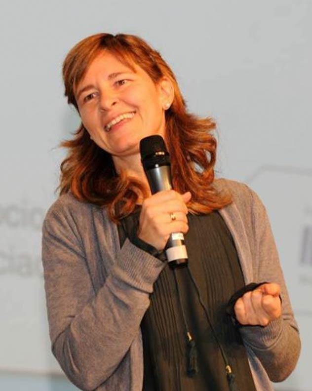 bettina-gallego-coach-motivacion-conferenciante-thinking-heads