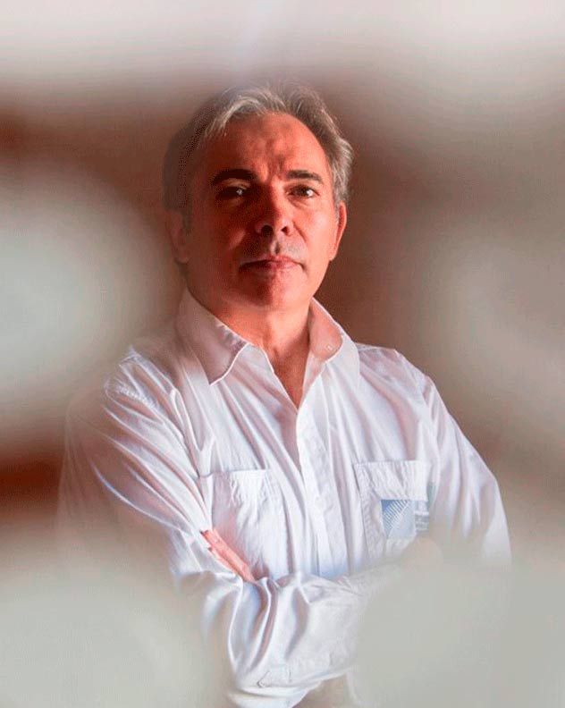 juan-carlos-campillo-coach-psicologia-speaker-thinking-heads