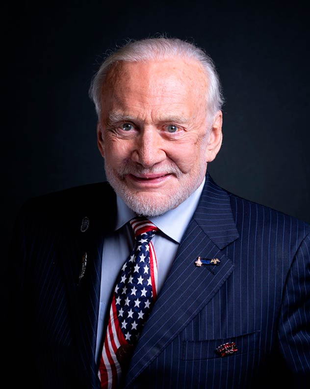 buzz-aldrin-speaker-space-science-thinking-heads