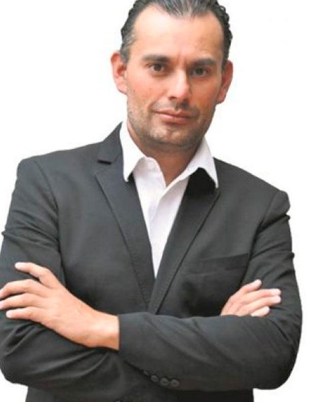 fernando-anzures-speaker-marketing-thinking-heads
