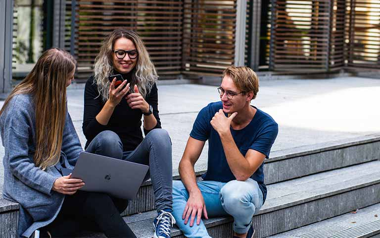 millennial-genz-mundo-laboral