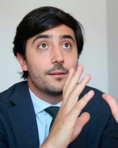 toni-roldan-speaker-politica-economia-thinking-heads